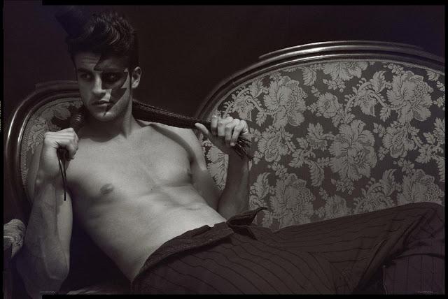 Errikos-Andreou-Errikos Andreou-Fotografia-fotografia erotica-fotografia erotica gay-nude-nude men-desnudos